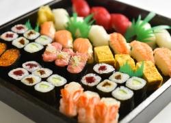 定番人気のお寿司盛り合わせ 3~4人前